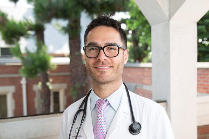 Dr Armen Arshakyan